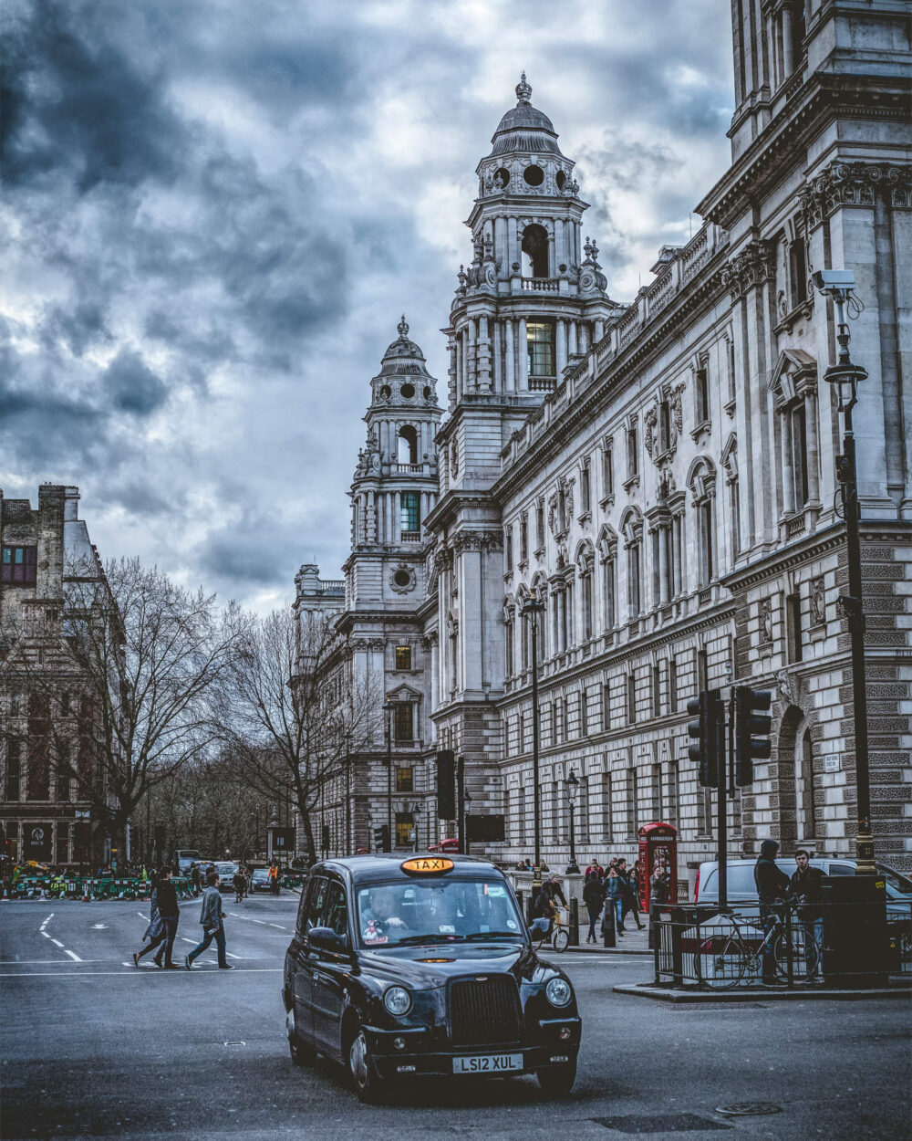 Straßenszene in London mit London Black Cab