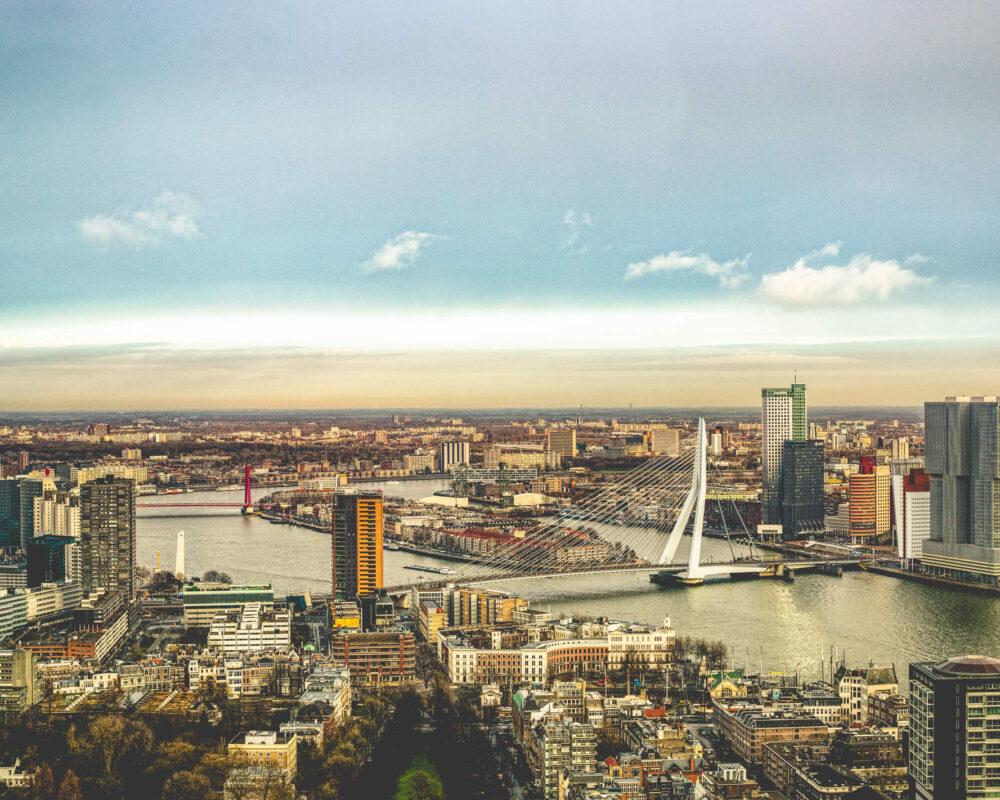 Stadtansicht Rotterdams aus der Luft
